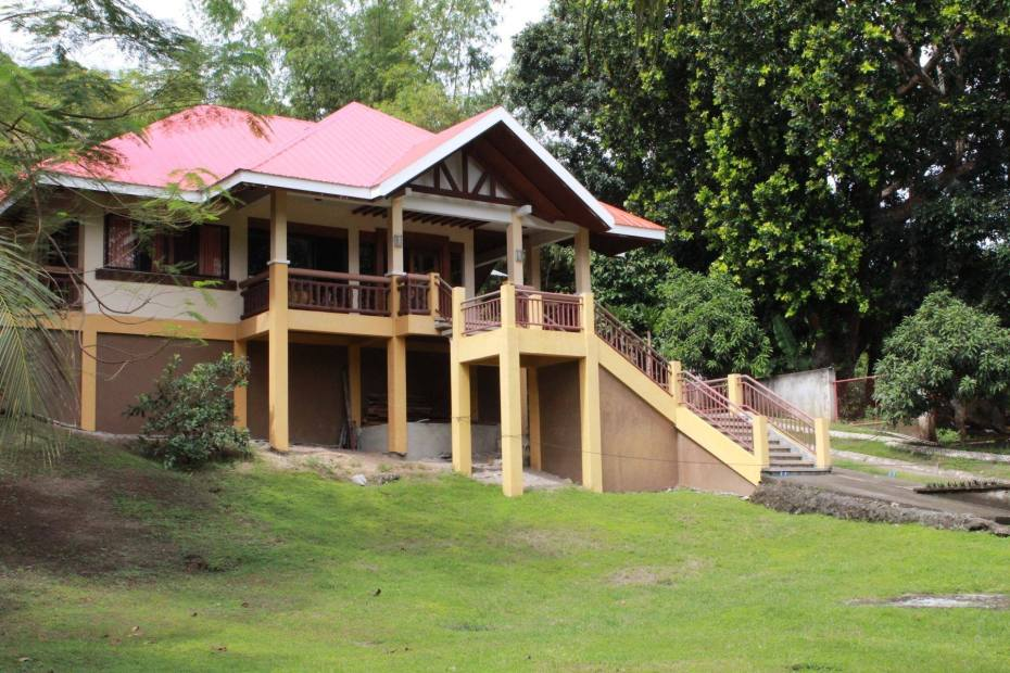 meachel.com-beach-property-for-sale-alburquerque-bohol